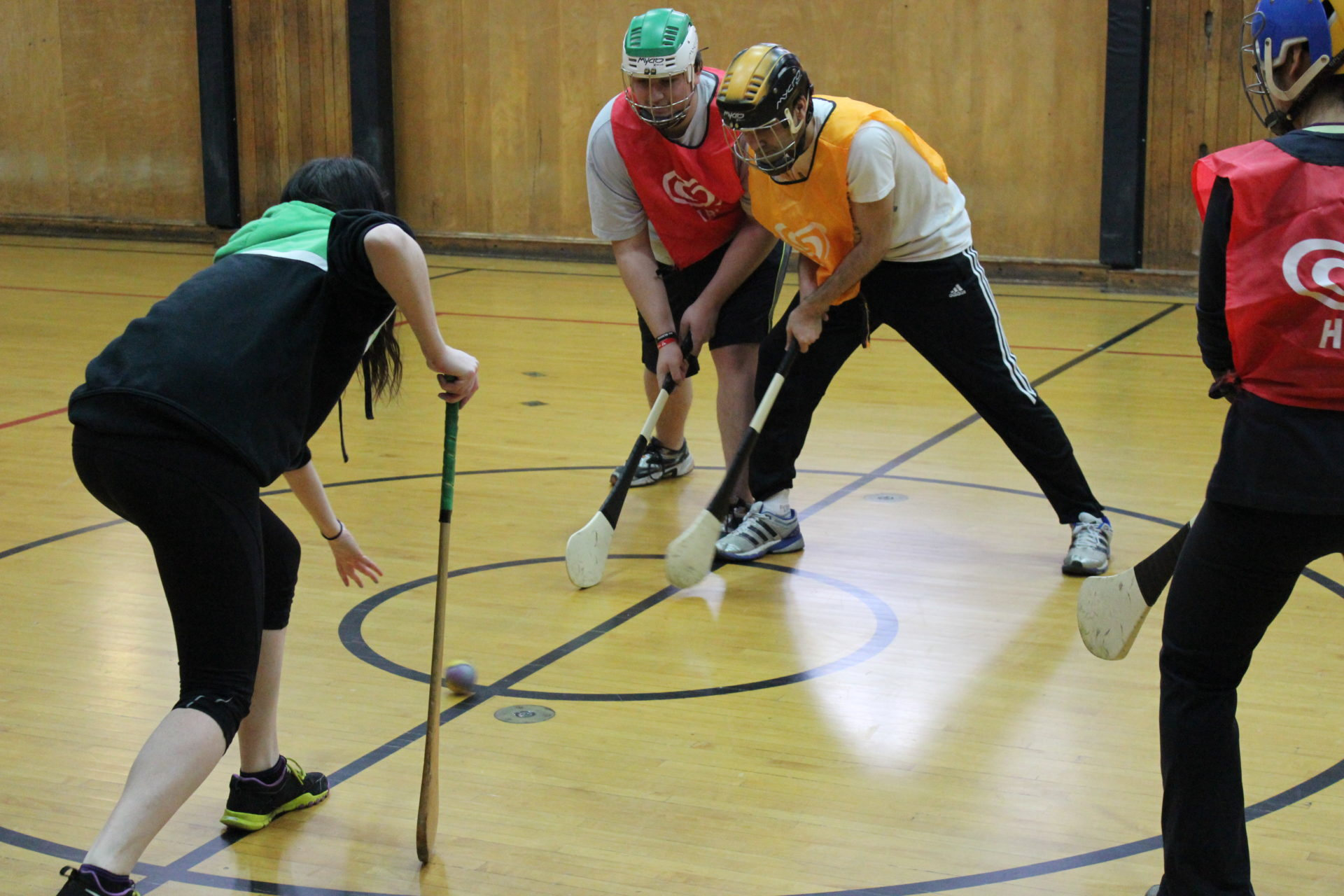 UofT Hurling Lessons throw in